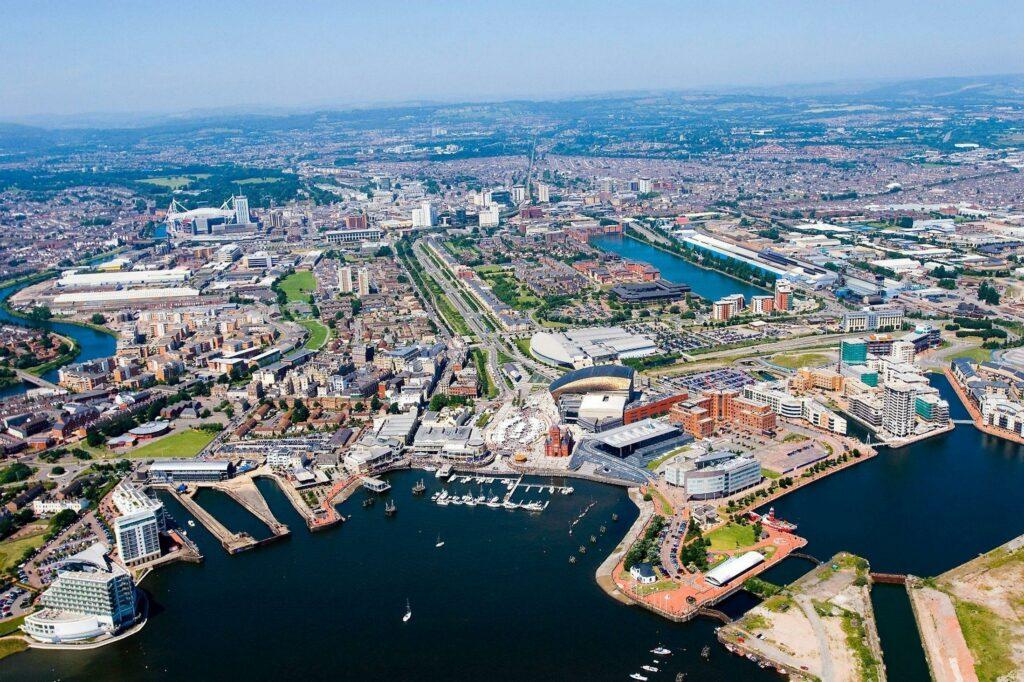 Los centros urbanos del Reino Unido perderán miles de millones por el trabajo híbrido