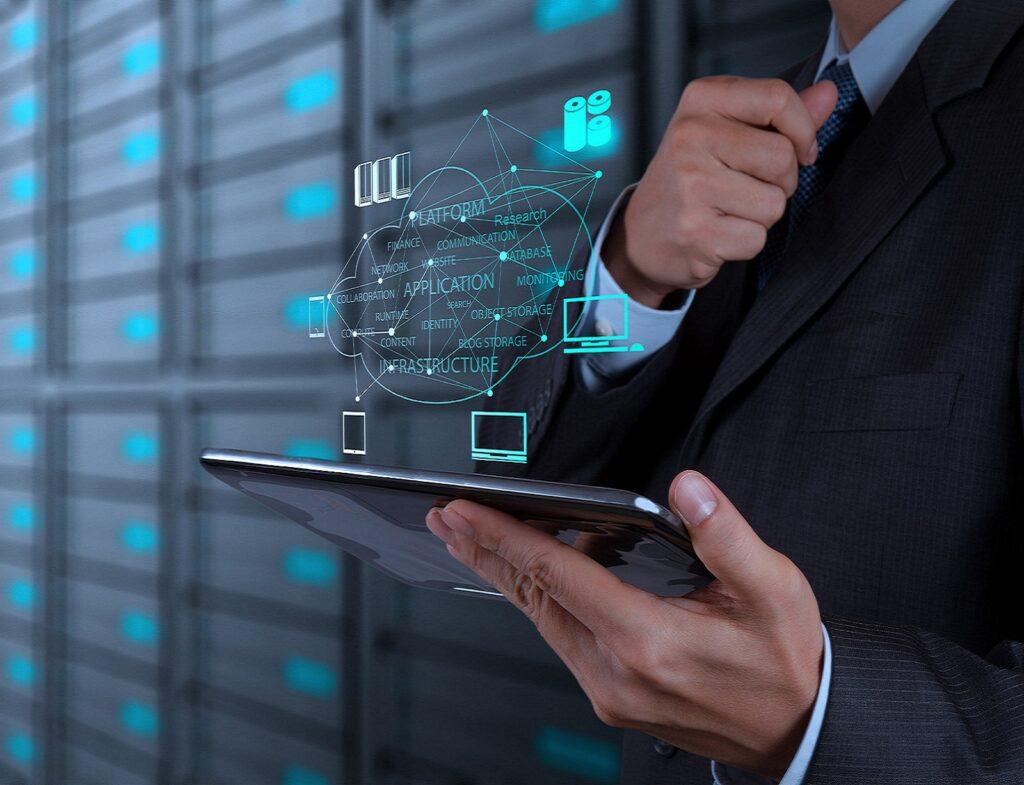 IBM registra el mayor crecimiento de ingresos en tres años